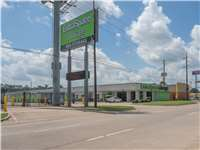 Image of Extra Space Self Storage Facility on 25690 I-45 in Spring, TX