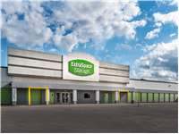 Image of Extra Space Self Storage Facility on 1402 Spencer Hwy in South Houston, TX