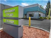 Image of Extra Space Self Storage Facility on 999 E Bayshore Rd in East Palo Alto, CA