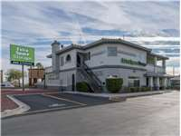 Image of Extra Space Self Storage Facility on 7525 W Sahara Ave in Las Vegas, NV