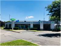 Image of Extra Space Self Storage Facility on 200 Express Dr S in Brentwood, NY