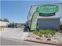 Image of Extra Space Self Storage Facility on 210 Fallon St in Oakland, CA