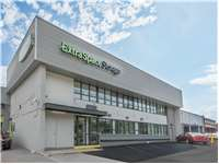 Image of Extra Space Self Storage Facility on 3810 S Four Mile Run Dr in Arlington, VA