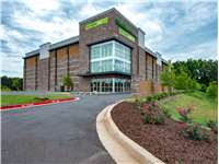 Image of Extra Space Self Storage Facility on 3130 Peachtree Pkwy in Suwanee, GA