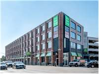 Image of Extra Space Self Storage Facility on 1030 W North Ave in Chicago, IL