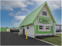 Image of Extra Space Self Storage Facility on 1960 Veterans Memorial Hwy in Islandia, NY