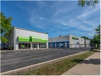 Image of Extra Space Self Storage Facility on 3850 W Devon Ave in Lincolnwood, IL