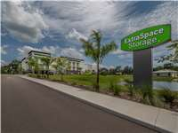Image of Extra Space Self Storage Facility on 13665 Fishhawk Blvd in Lithia, FL