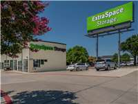 Image of Extra Space Self Storage Facility on 3906 W Airport Fwy in Irving, TX