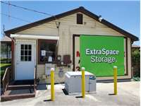 Image of Extra Space Self Storage Facility on 499 N Spring Garden Ave in DeLand, FL