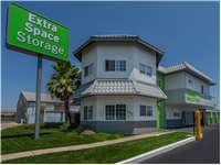 Image of Extra Space Self Storage Facility on 652 S Main St in Manteca, CA