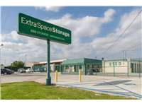 Image of Extra Space Self Storage Facility on 2180 W Highland Ave in San Bernardino, CA