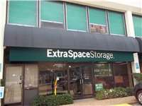 Image of Extra Space Self Storage Facility on 4245 Richmond Ave in Houston, TX
