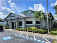 Image of Extra Space Self Storage Facility on 5150 University Pkwy in Sarasota, FL