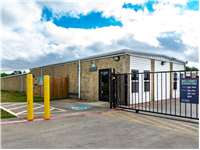 Image of Extra Space Self Storage Facility on 816 Frame St in Denton, TX
