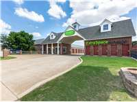 Image of Extra Space Self Storage Facility on 620 W Edmond Rd in Edmond, OK
