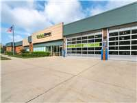Image of Extra Space Self Storage Facility on 275 Northfield Rd in Northfield, IL
