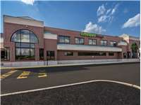 Image of Extra Space Self Storage Facility on 505 W Butler Ave in Chalfont, PA