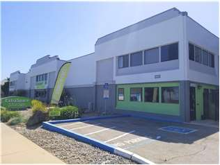 Extra Space Storage facility on 1465 38th Ave - Santa Cruz, CA
