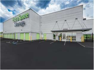Extra Space Storage facility on 640 Broadway - Saugus, MA