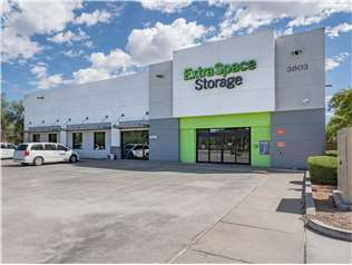 Extra Space Storage facility on 3803 S Priest Dr - Tempe, AZ