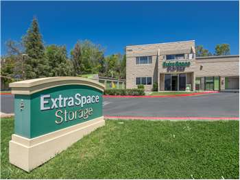 Self Storage Units Off Grande Vista Drive In Newbury Park Ca