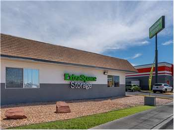 North Las Vegas Storage Units At 2824 E Evans Ave Extra