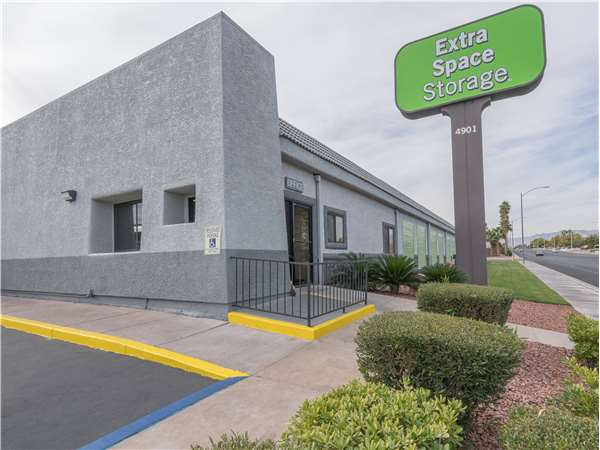 Image of Extra Space Storage Facility on 4901 W Oakey Blvd in Las Vegas, NV