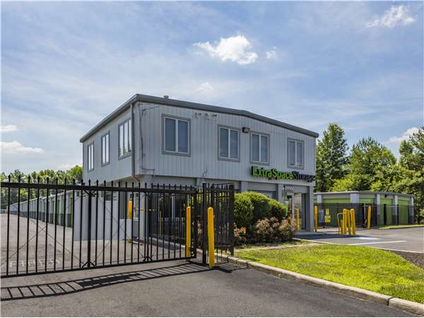 Image of Extra Space Storage Facility on 1831 Old Cuthbert Rd in Cherry Hill, NJ
