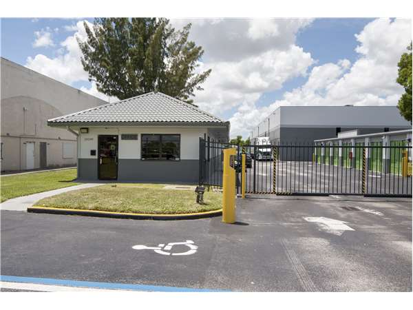 Image of Extra Space Storage Facility on 20240 NW 2nd Ave in Miami, FL