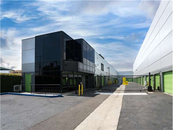Image of Extra Space Storage Facility on 7392 Garden Grove Blvd in Westminster, CA