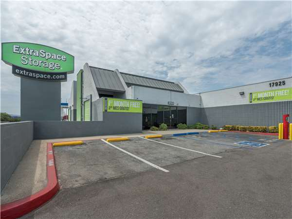 Image of Extra Space Storage Facility on 17925 Valley Blvd in La Puente, CA