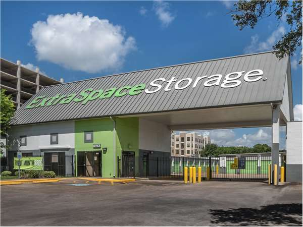 Image of Extra Space Storage Facility on 8600 Main St in Houston, TX