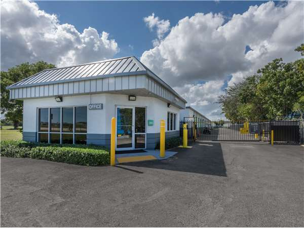 Image of Extra Space Storage Facility on 401 N Military Trl in West Palm Beach, FL