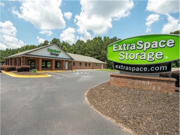 Image of Extra Space Storage Facility on 2790 Braselton Hwy in Dacula, GA
