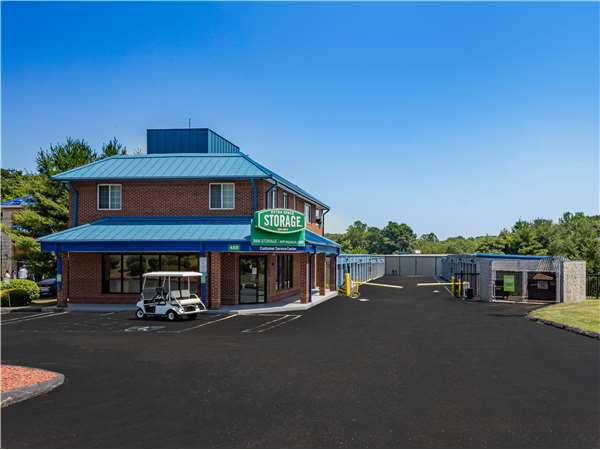 Image of Extra Space Storage Facility on 488 Boston Post Rd in Orange, CT