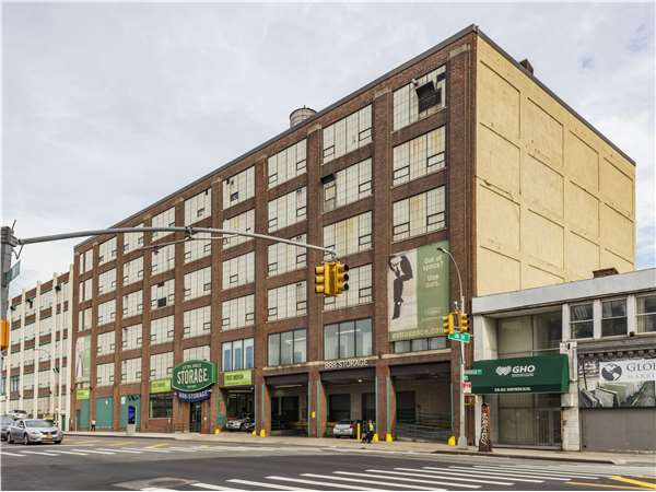 Image of Extra Space Storage Facility on 36-02 Northern Blvd in Long Island City, NY