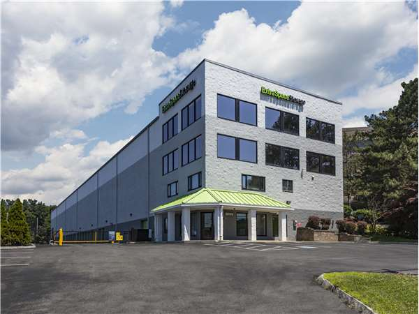 Image Of Extra Space Storage Facility On 95 Montvale Ave In Stoneham, MA