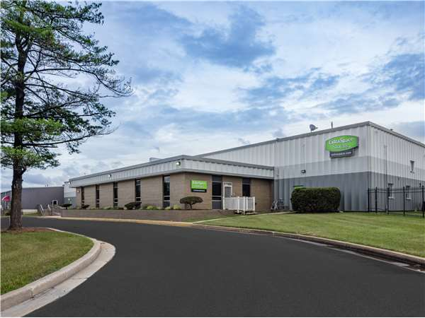 Image of Extra Space Storage Facility on 1 Beaver Ct in Cockeysville, MD