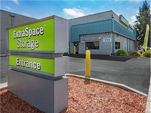 Image Of Extra Space Storage Facility On 999 E Bayshore Rd In East Palo  Alto,
