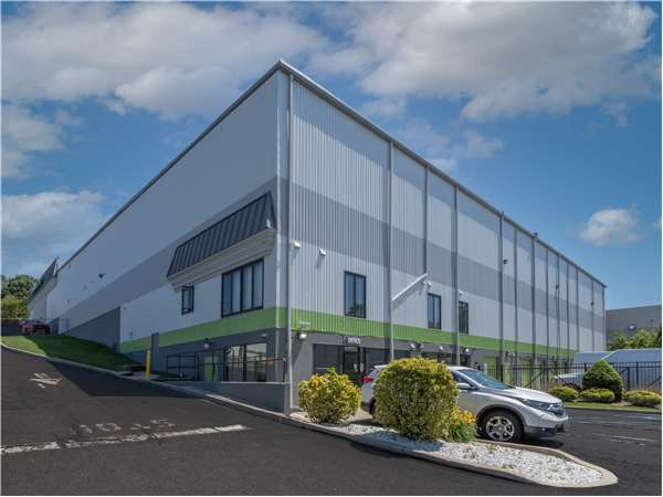 Image of Extra Space Storage Facility on 2027 83rd St in North Bergen, NJ