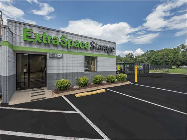 Image of Extra Space Storage Facility on 497 Liberty Pike in Franklin, TN