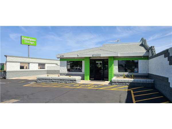 Image of Extra Space Storage Facility on 1051 Stephanie Pl in Henderson NV & Storage Units in Henderson NV at 1051 Stephanie Pl | Extra Space ...