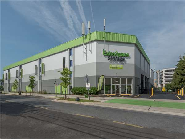 Image of Extra Space Storage Facility on 7722 Fenton St in Silver Spring, MD