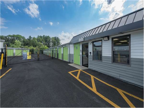 Image of Extra Space Storage Facility on 89 Waverly St in Ashland, MA