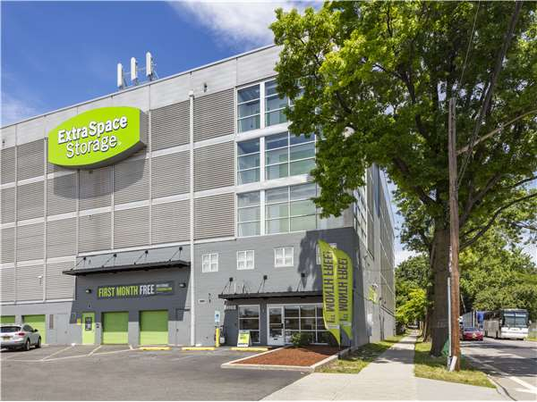 Image Of Extra E Storage Facility On 2875 Edson Ave In Bronx Ny