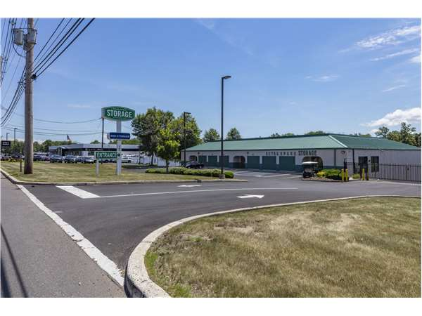 Image of Extra Space Storage Facility on 107 US Hwy 22 E in Dunellen, NJ