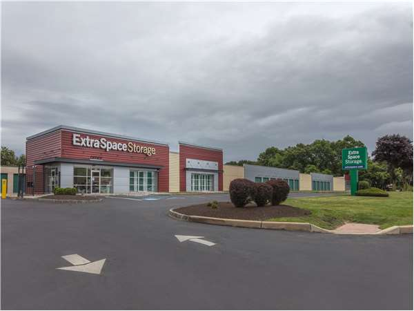 Image of Extra Space Storage Facility on 2540 County Rd 516 in Old Bridge, NJ