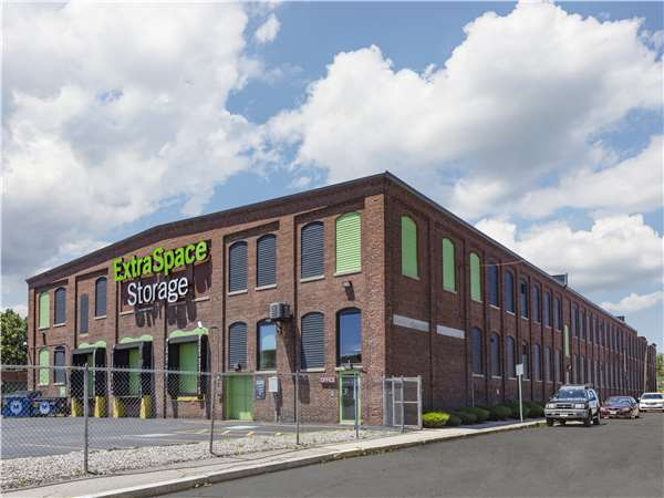 Image of Extra Space Storage Facility on 21 Weston Ave in Quincy, MA