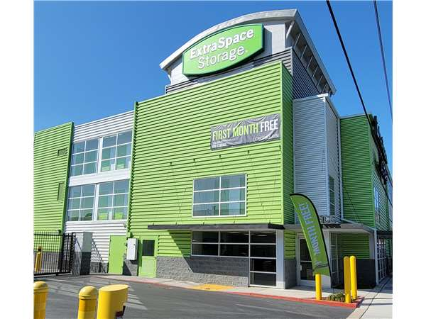Image of Extra Space Storage Facility on 477 Harbor Blvd in Belmont, CA